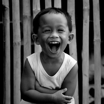 ¡11 ideas para reírse más y beneficios de la risa!