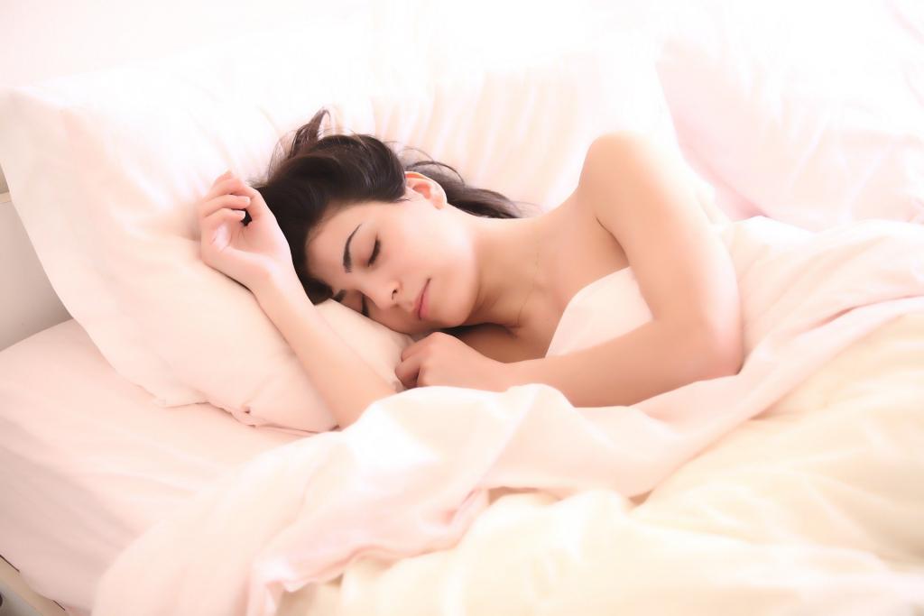 ¿Cómo dormir bien? Consejos para tener dulces sueños!